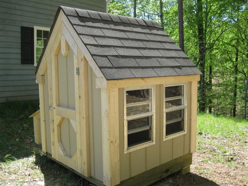 4x5x5_gable_coop_coop_a1